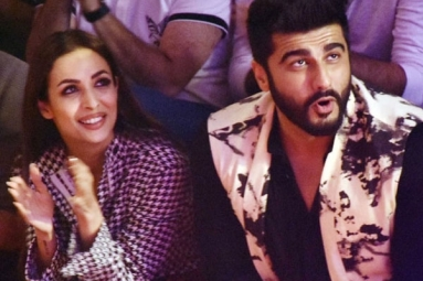 Arjun Kapoor, Malaika Arora's social Media PDA sets internet on fire