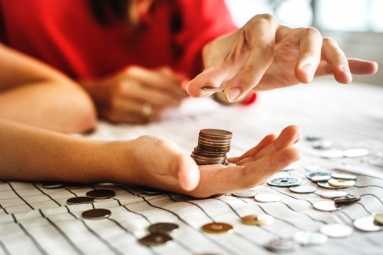 9 Personal Finance Tips and Tricks to Retain Deep Pockets