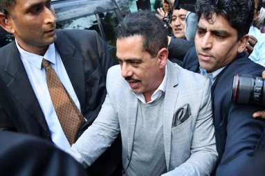 Robert Vadra to Appear Before Enforcement Directorate Again