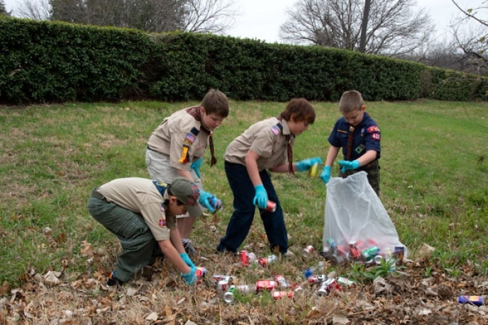 #Trashtag Challenge: This New Social Media Challenge Urges People Clean Littered Places
